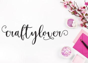 Craftylover Signature Font